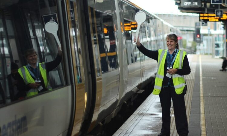 Bid to run Southeastern rail route scrapped
